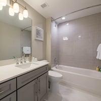 3 Bedroom / 2 Bedroom + Den Shared Bathroom