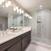 2 Bedroom Suite - Master Bathroom