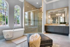 16828-Vinci-Way-Master-Bathroom